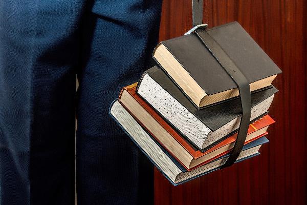 Bücher und Verein
